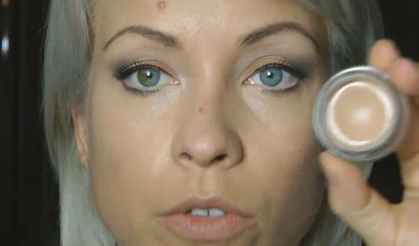 Правила макияжа кожи вокруг глаз